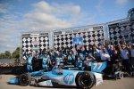 Pierwsze zwycięstwo wIZOD IndyCar Motorsport 2013.